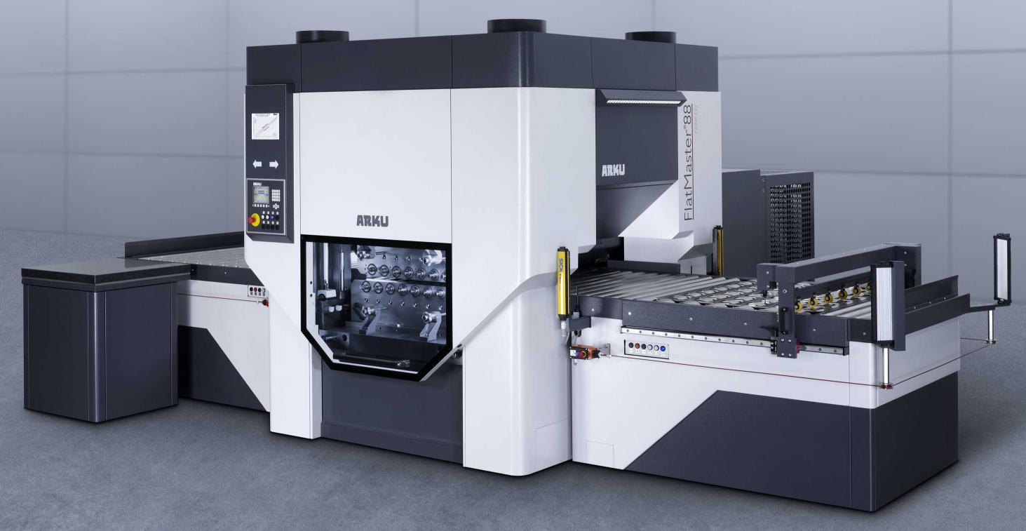 Rovnání ocelových, nerezových plechů tl. 0,5-18mm na moderním rovnacím stroji