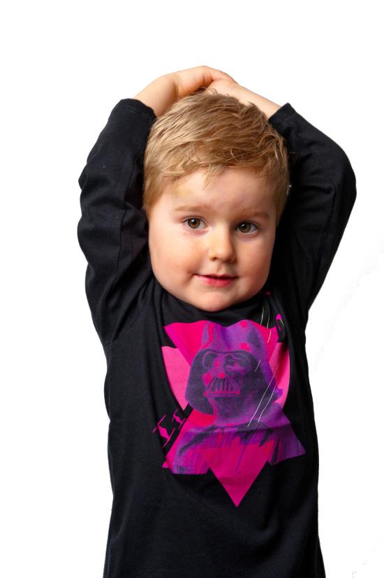 Originální dětské oblečení s potiskem oblíbených hrdinů – kvalitní materiály a stálé barvy