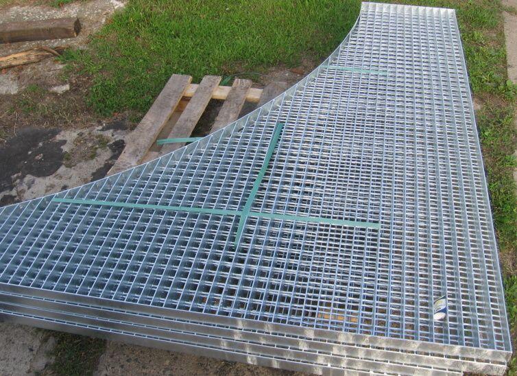 Lisované i svařované ocelové podlahové rošty Třebíč, Vysočina