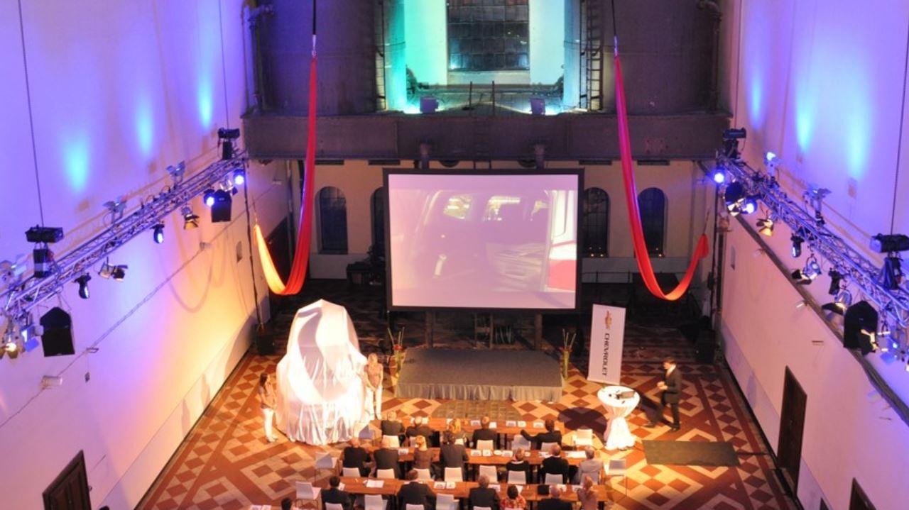 Zajištění osvětlení LED reflektory Praha