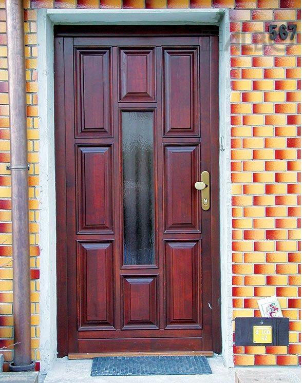 Kvalitní dřevěné vchodové dveře ALBO s vynikajícími tepelněizolačními vlastnostmi