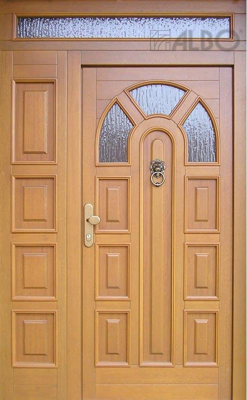 Dřevěné dveře vchodové