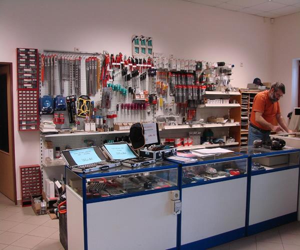 Prodej servis profesionální elektronářadí ruční nářadí Semily