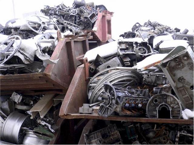 Výkup zpracování kovového odpadu barevné kovy kovošrot Chrudim