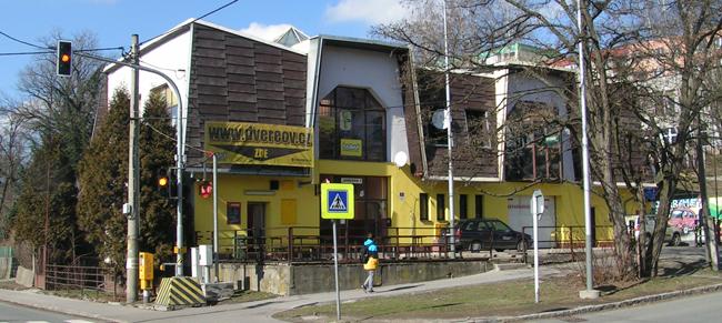 Opravy a přestavby autozámků Ostrava