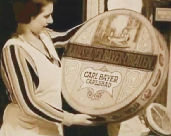 Tradiční karlovarské oplatky a trojhránky pocházející z lázeňského města Karlovy Vary