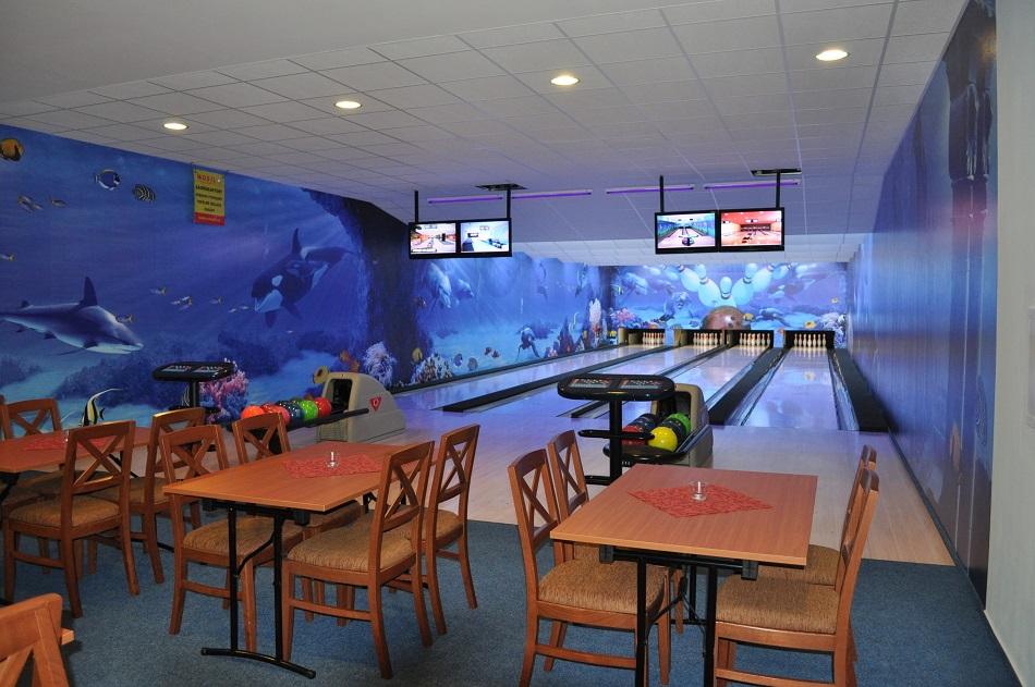 Ubytování v Hotelu Tři Věžičky - wellness, pivní lázně, sauna, bowling a skvělá restaurace