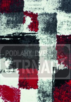 Moderní kusový koberec bez vzoru s dopravou