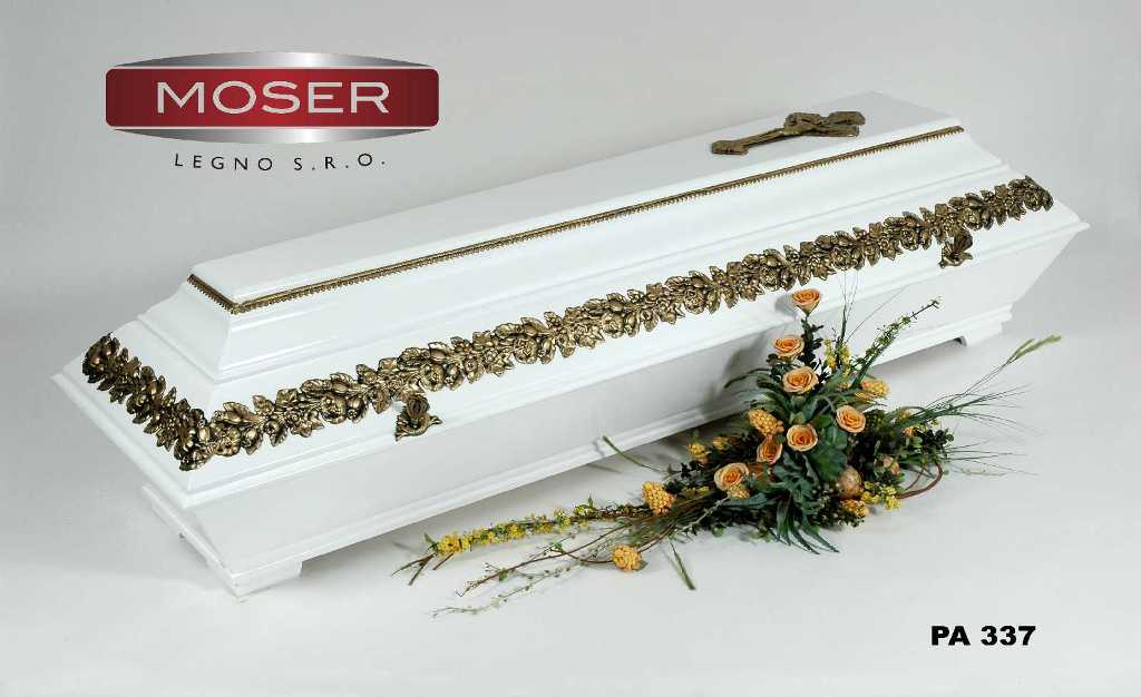 Široká nabídka celodřevěných rakví k obřadu a do hrobek Opava