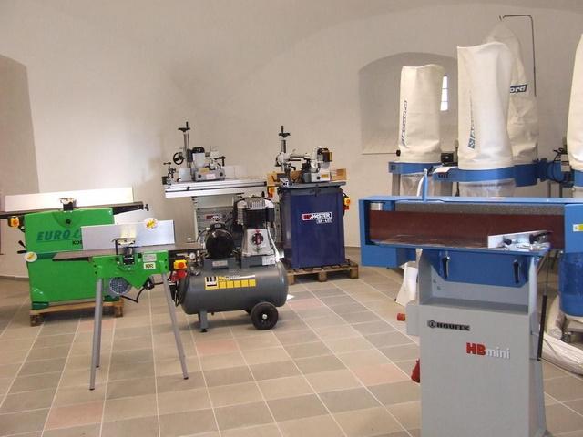Profesionální elektrické ruční nářadí dřevoobráběcí stroj Rychnov