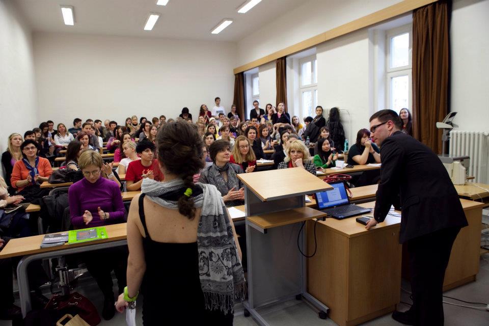 Übersetzungen und Dolmetschen - professioneller Übersetzer, Dolmetscher Deutsch – Tschechisch Tschechische Republik