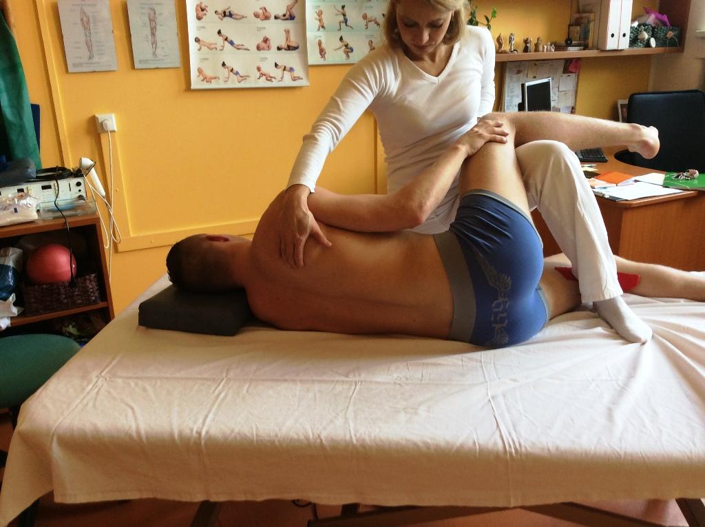 Metoda dle Mojžíšové - cvičení pod odborným dozorem proti bolesti zad a zlepšení dynamiky páteře