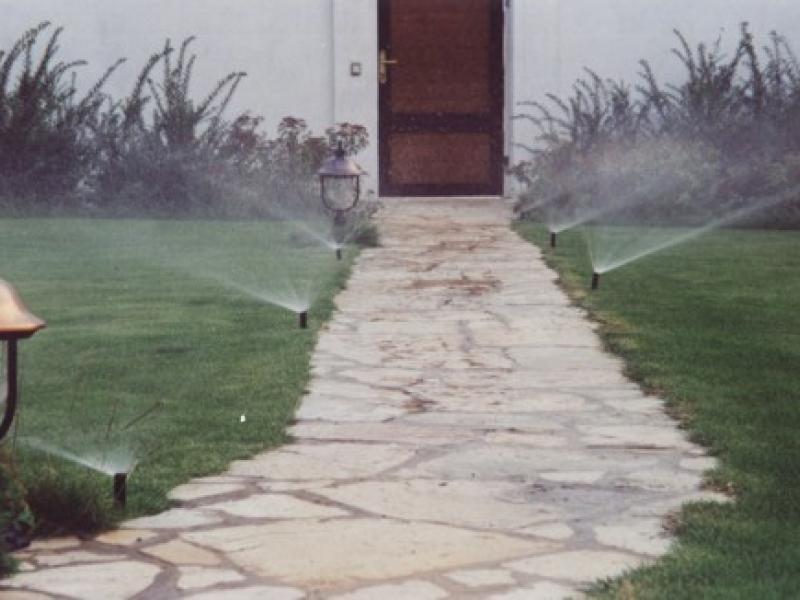 Automatické zavlažovací systémy s úsporou vody až 40%