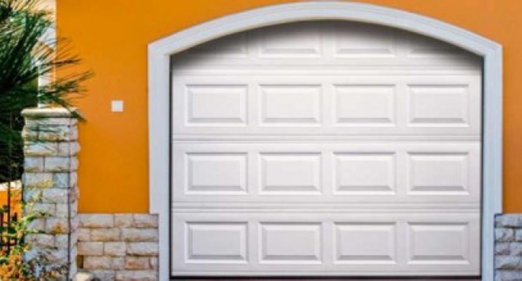 Rolovací a sekční vrata Zlín - kvalita za rozumnou cenu