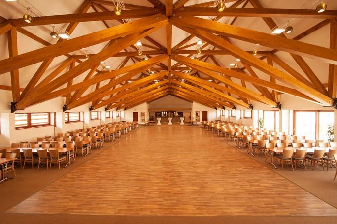 Kongresový hotel s konferenčním sálem pro 500 osob, Vysočina