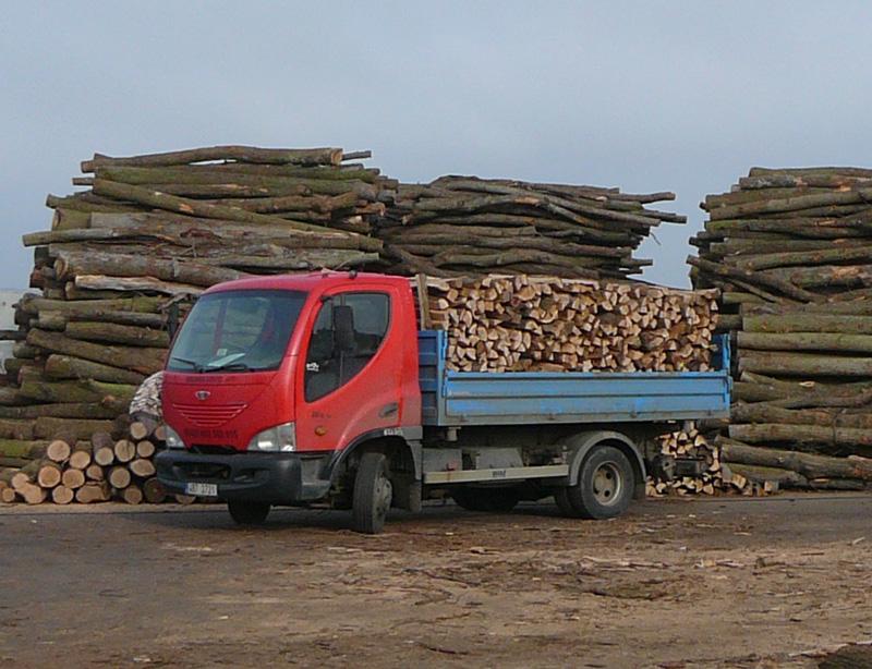 Palivové dřevo z měkkých i tvrdých dřevin, Znojmo, Moravské Budějovice