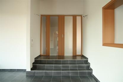 Oddělení chodeb a místností s prosklenou stěnou Vekra