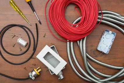 Elektroinstalační materiál a osvětlení, velkoobchod s elektromateriálem