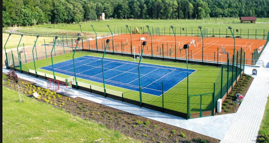 Výstavba víceúčelových moderních sportovních hřišť, sportovní stavby, sportoviště na klíč