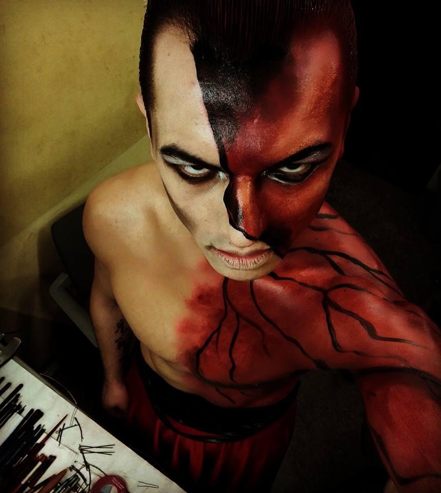 Petr Fadrhons – maskér divadla Hybernia v Praze