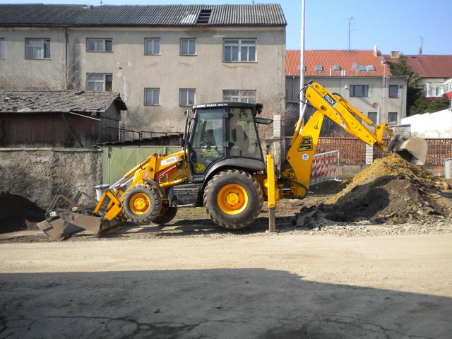 Zemní, výkopové práce, pronájem stavebních strojů Prostějov