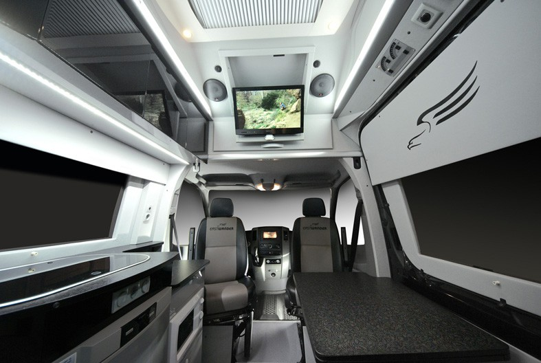 Obytné vestavby do automobilů Mercedes Benz Sprinter, Volkswagen Crafter