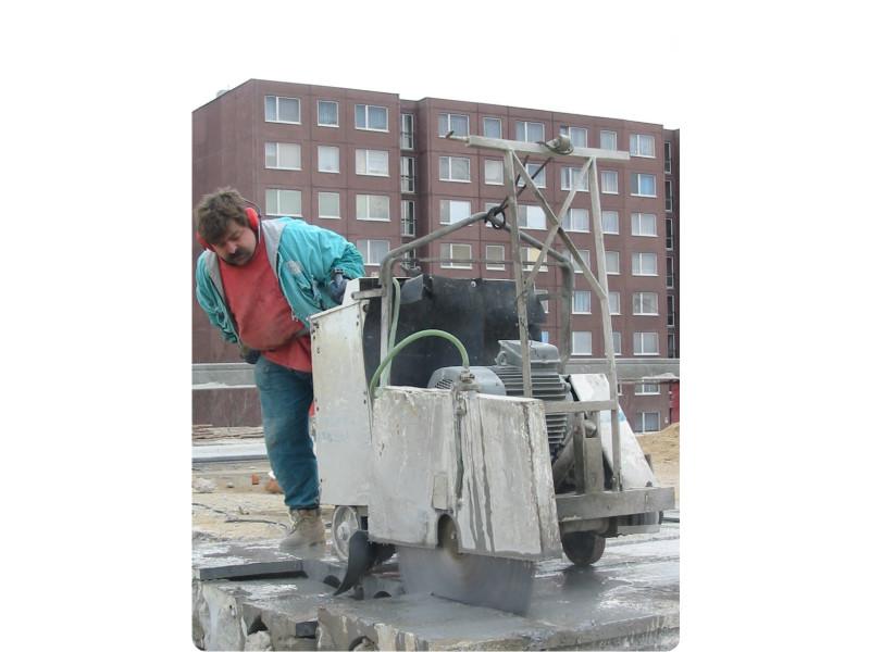 Řezání podlah, řezání zpevněných ploch spárovou pilou