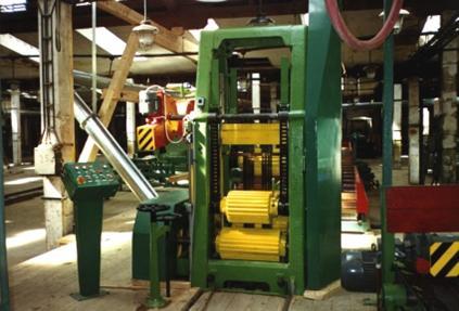 Dřevařské stroje a zařízení