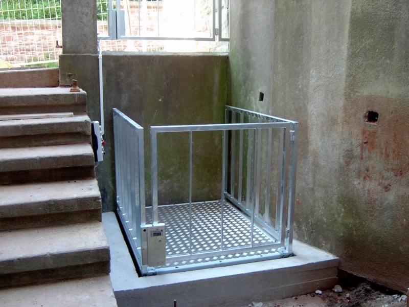 Hydraulická nůžková plošina na balkóny - bezplatný návrh řešení