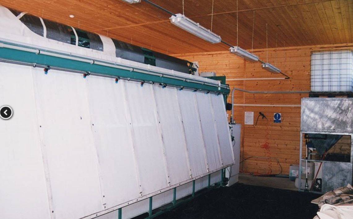 Mytí plachet 6 metrů na šířku