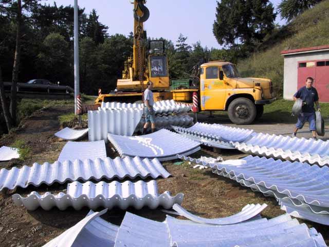 Prodej ocelových svodidel, sloupků, zadních pásků a spojovacího materiálu