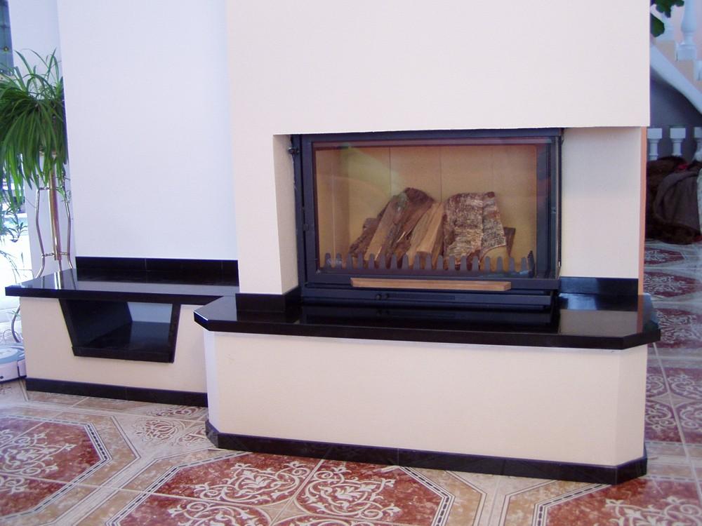Kamenosochařství, kamenné obklady krbu, Moravský Krumlov, Znojmo