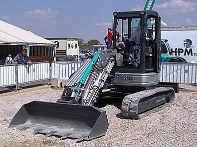 Nové a použití stavební stroje, náhradní díly a příslušenství, prodej a servis