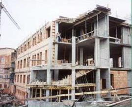Realizace monolitických železobetonových konstrukcí, staveb i stropů