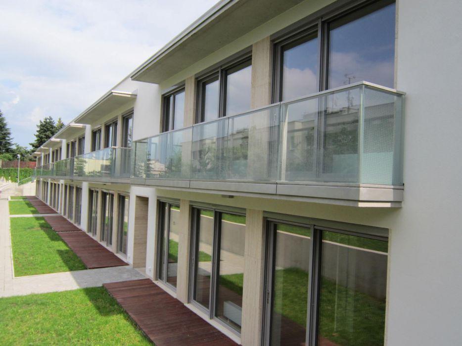 Kovovýroba - zábradlí na balkoně, nerezové zábradlí, ocelové zábradlí