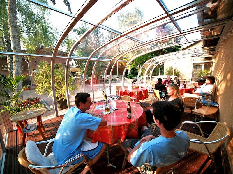 Zastřešení pro restaurace a hotely Praha + Stř. Čechy – příjemné posezení v létě i v zimě