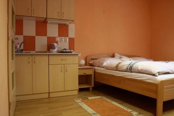 Ubytování Dukovany, Rouchovany