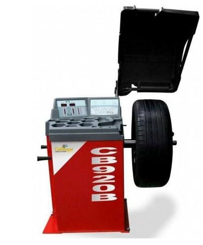 Vyvažovačky a zouvačky pro pneuservisy - pro rychle a snadné přezutí a vyvážení kol