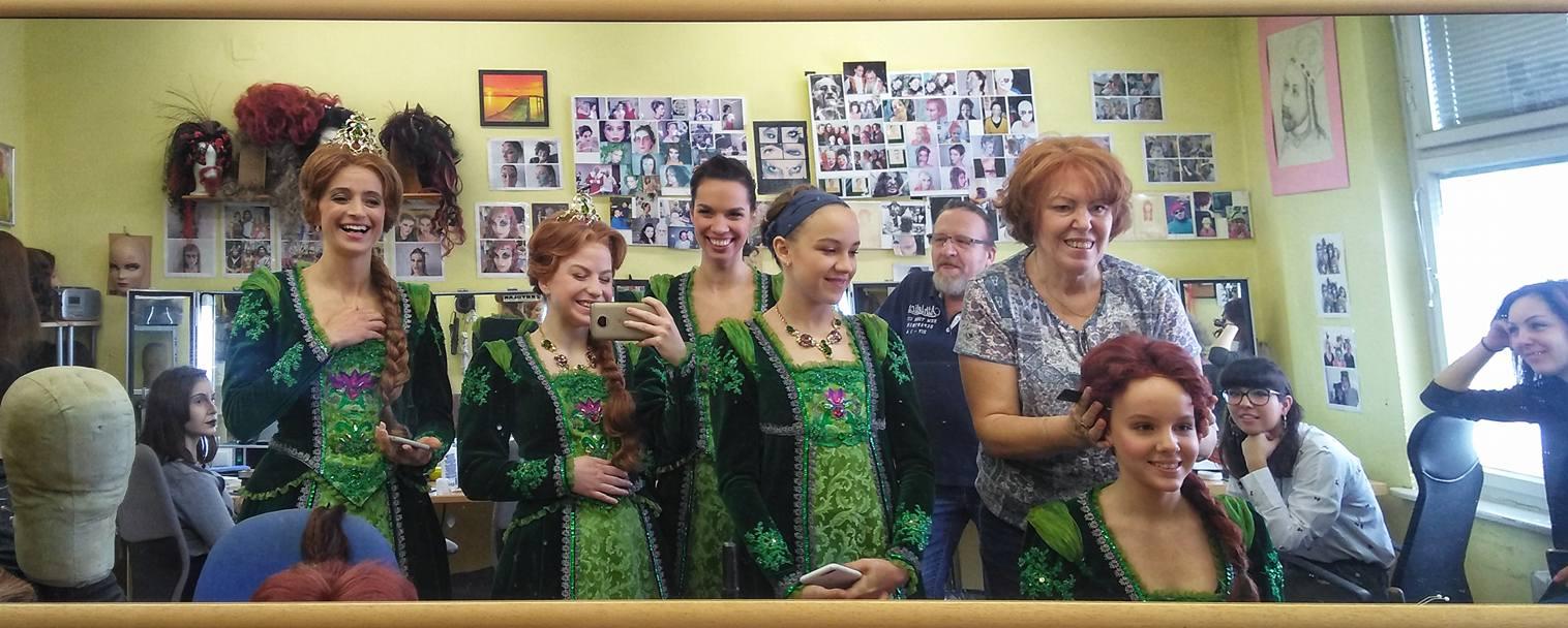 Muzikál Shrek již brzy i u nás – o masky a líčení se opět postará tým pana Petra Fadrhonse