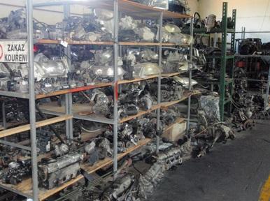 motory, elektroinstalace a další díly z vrakoviště