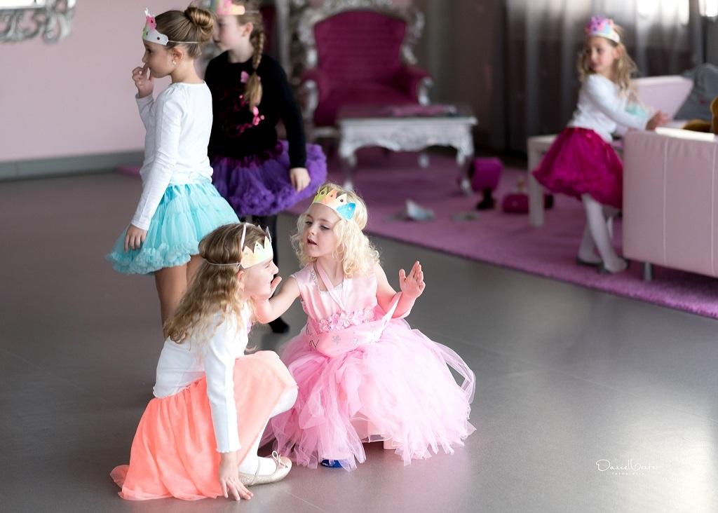 Den dětí ve Fairyland plný aktivit