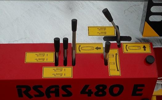 Prodej a výroba automatické štípačky dřeva