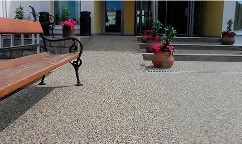 Designové luxusní podlahy a stěrky - leštěné epoxidové podlahy