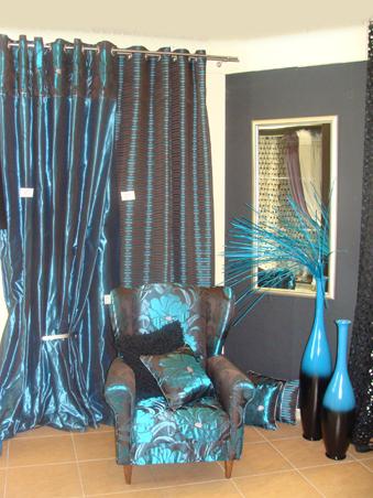 Záclona jsou polotovarem, který se změní v dekoraci