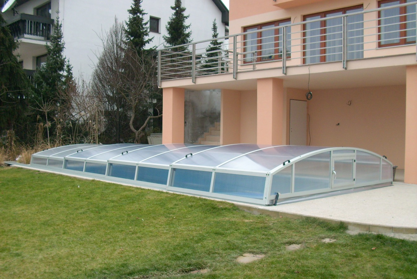 Bazény na zahradu - stavba na klíč