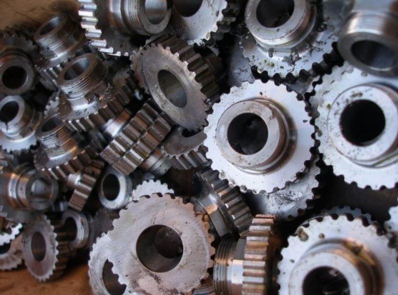 Zakázková výroba ocelových konstrukcí z kvalitní oceli, strojírna Kladno