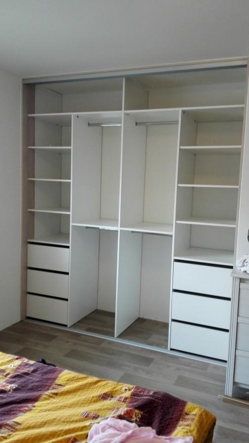 Nábytek na míru, vestavěné skříně DK projekt Ostrava
