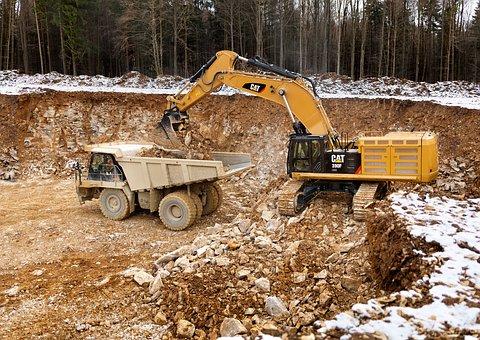 Bagrování a úprava terénu Mníšek pod Brdy – včetně odvozu zeminy