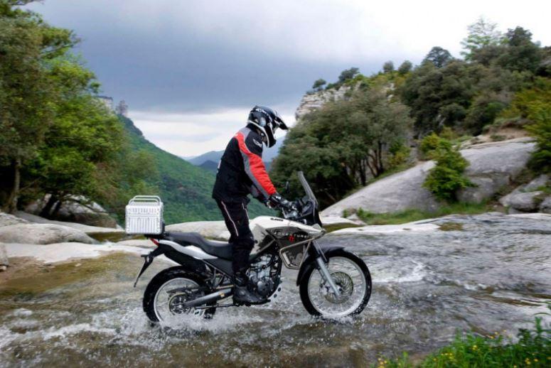 Moto UM 125