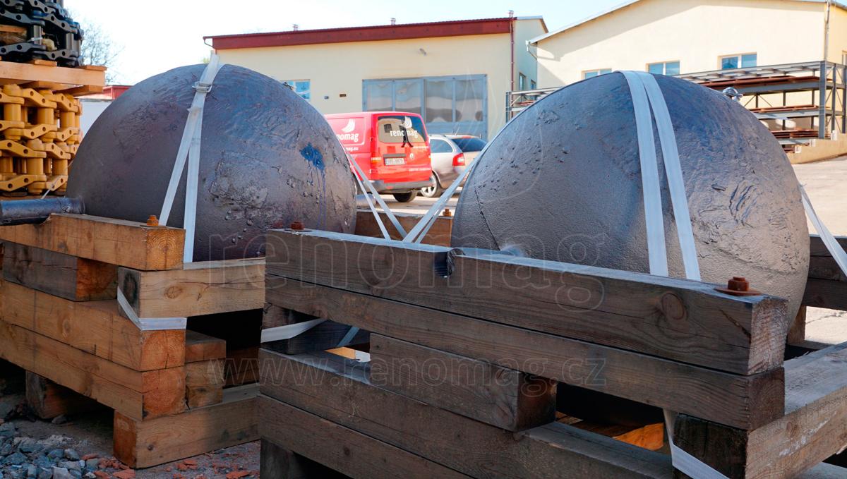 Využití demoličních koulí pro drcení kamenů